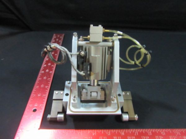 Applied Materials (AMAT) 0010-70089   SPLIT VALVE W/SMC CYLINDER