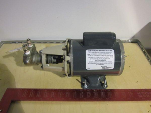 Teledyne 5KC36LN18J Electric AC Motor