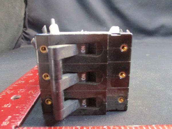 SANKEN-AIRPAX UPL111-1-66-303-M F.L AMPS:30, MAX.V:250, HZ:50/60 CIRCUIT BREAKER