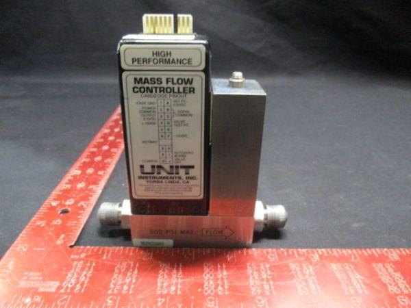 UNIT INSTRUMENTS UFC-1100A MASS FLOW CONTROLLER RANGE: 500 SCCM GAS: N2