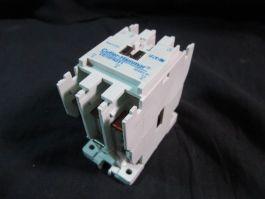 Cutler-Hammer CE15FN3 3-POLE CONTACTOR 5060HZ 32A 600V